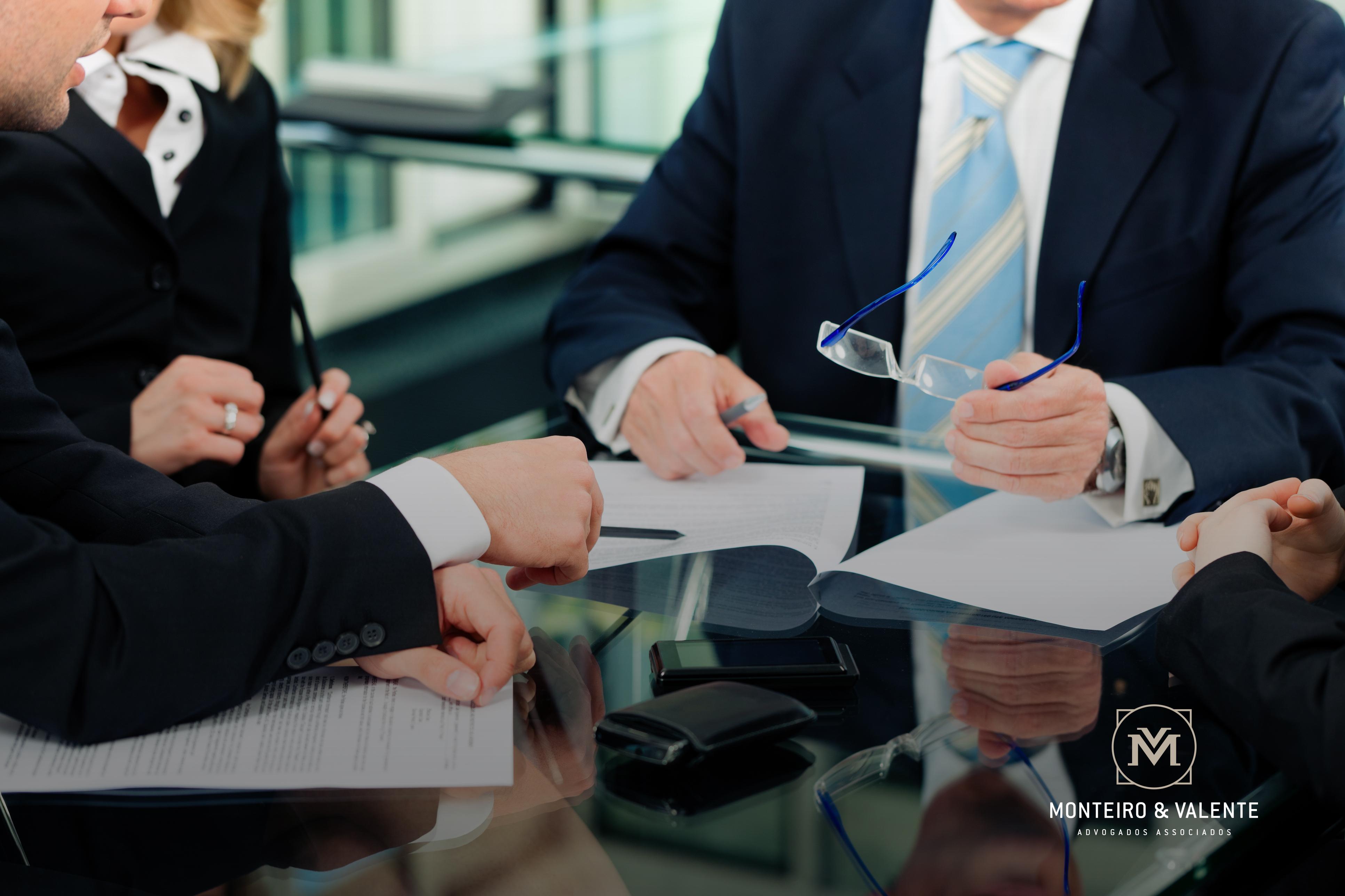 Monteiro & Valente - Advogados Associados - Saiba mais sobre o direito trabalhista