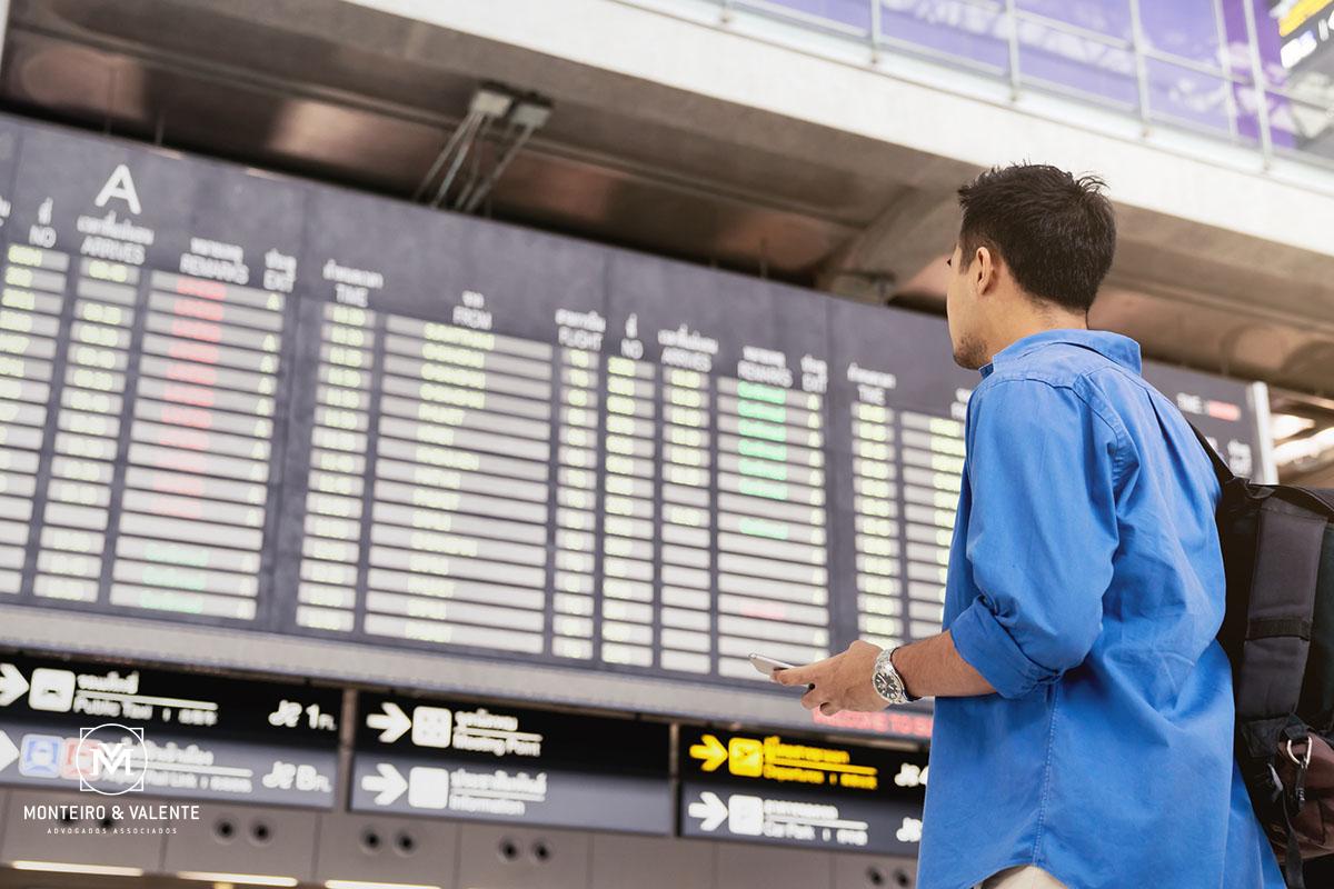 Monteiro & Valente - Advogados Associados - Atrasos ou cancelamentos de voos: conheça seus direitos e viaje tranqüilo!