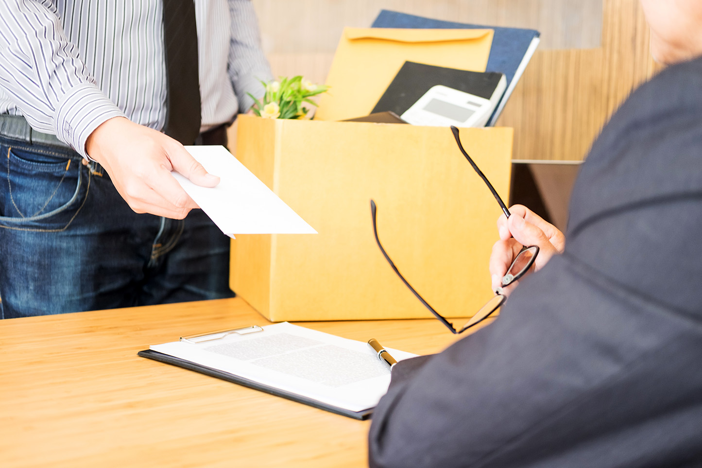 Monteiro & Valente - Advogados Associados - Dicas sobre aviso prévio